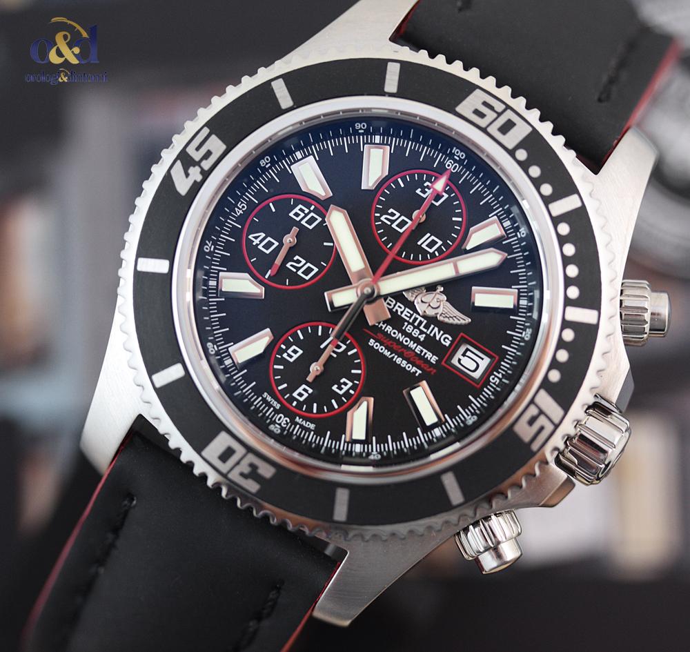96ab99327fd Breitling SuperOcean Chronograph II 44 Nero Indici Acciaio Cinturino  Rosso-Nero