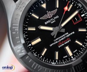Breitling Avenger Blackbird 44 ref. V1731110/BD74/109W