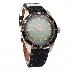 Oris X Momotaro Divers 40 Automatico ref. 01 733 7707 4337 Set