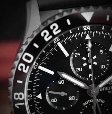 Breitling Chronoliner GMT Blacksteel ref. M2431013/BF02/267S