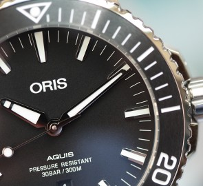 Oris Aquis Date ref. 01 733 7730 4154 07 4 24 64EB